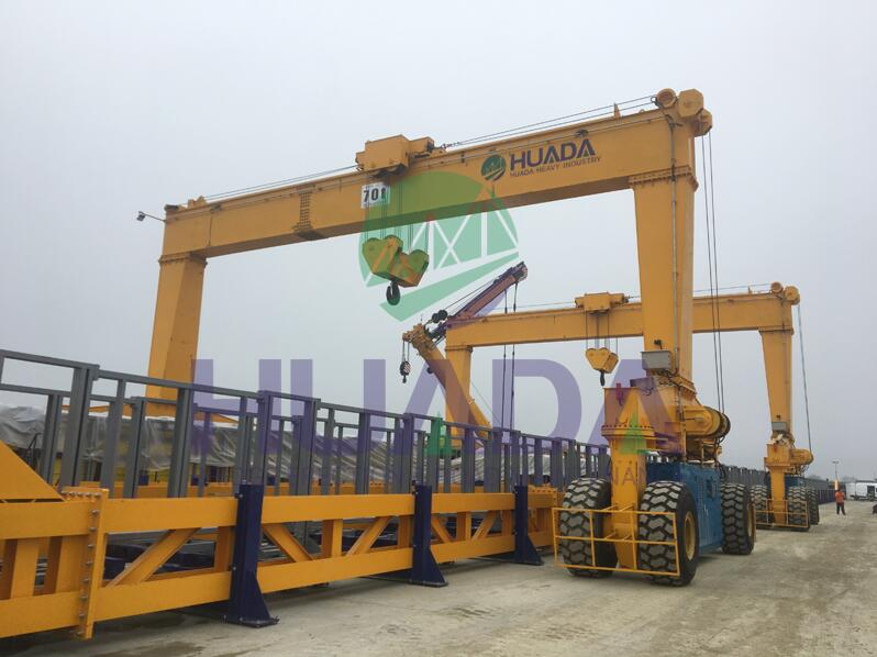 Straddle Carrier for Lifting I-girder